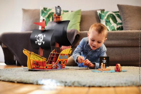 Univers figurines et circuit de trains